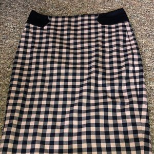 Navy and pink gingham pencil skirt!